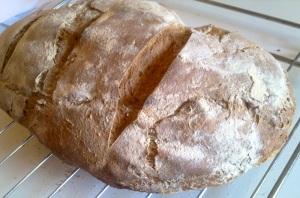 Prosty chleb wiejski na zakwasie i drożdżach - drugi ,zrobiony po tygodniu